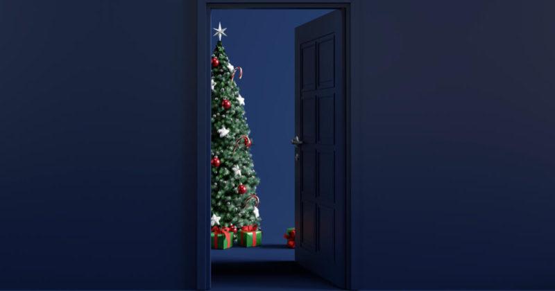 ドアの開いたクリスマスルーム