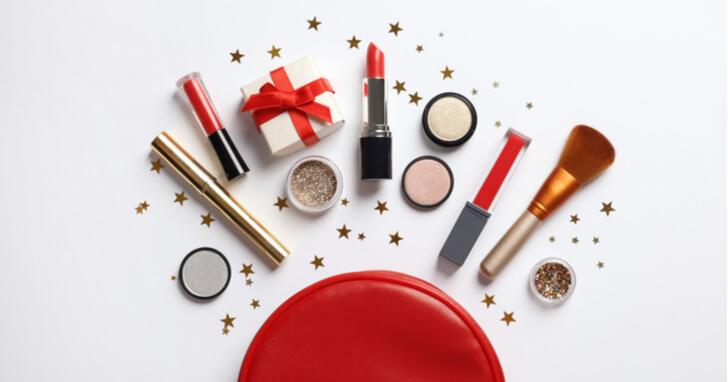 さりげなくて、女性が喜ぶ化粧品のクリスマスプレゼントを贈ろう