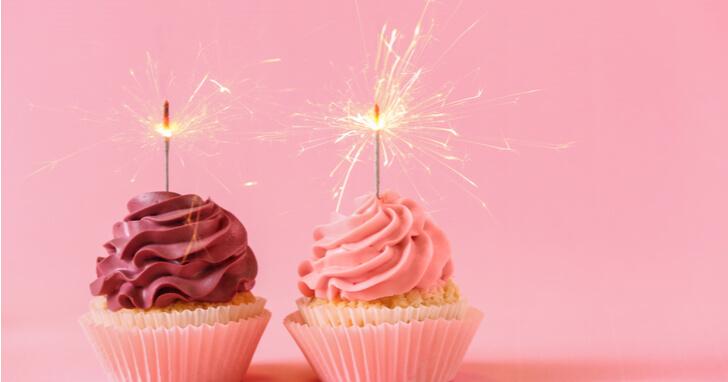女友達の誕生日プレゼントにお菓子を贈って祝福しよう!