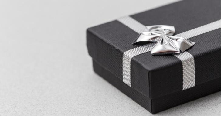 上司への還暦祝い「プレゼントの相場」