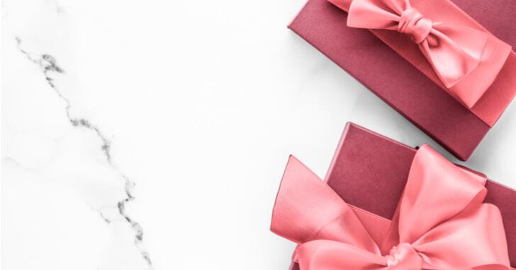 成人祝いのプレゼントを渡すタイミングはいつ?