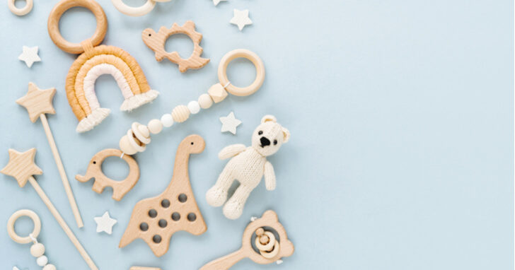 男性にも喜ばれる、出産祝いの定番「おもちゃ」