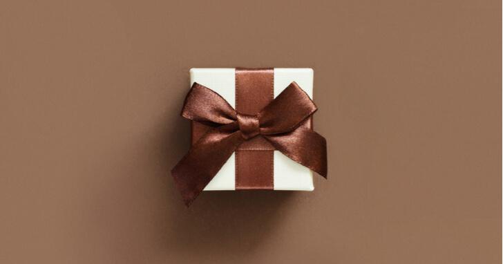 40歳に贈るプレゼントの具体的な選び方は?